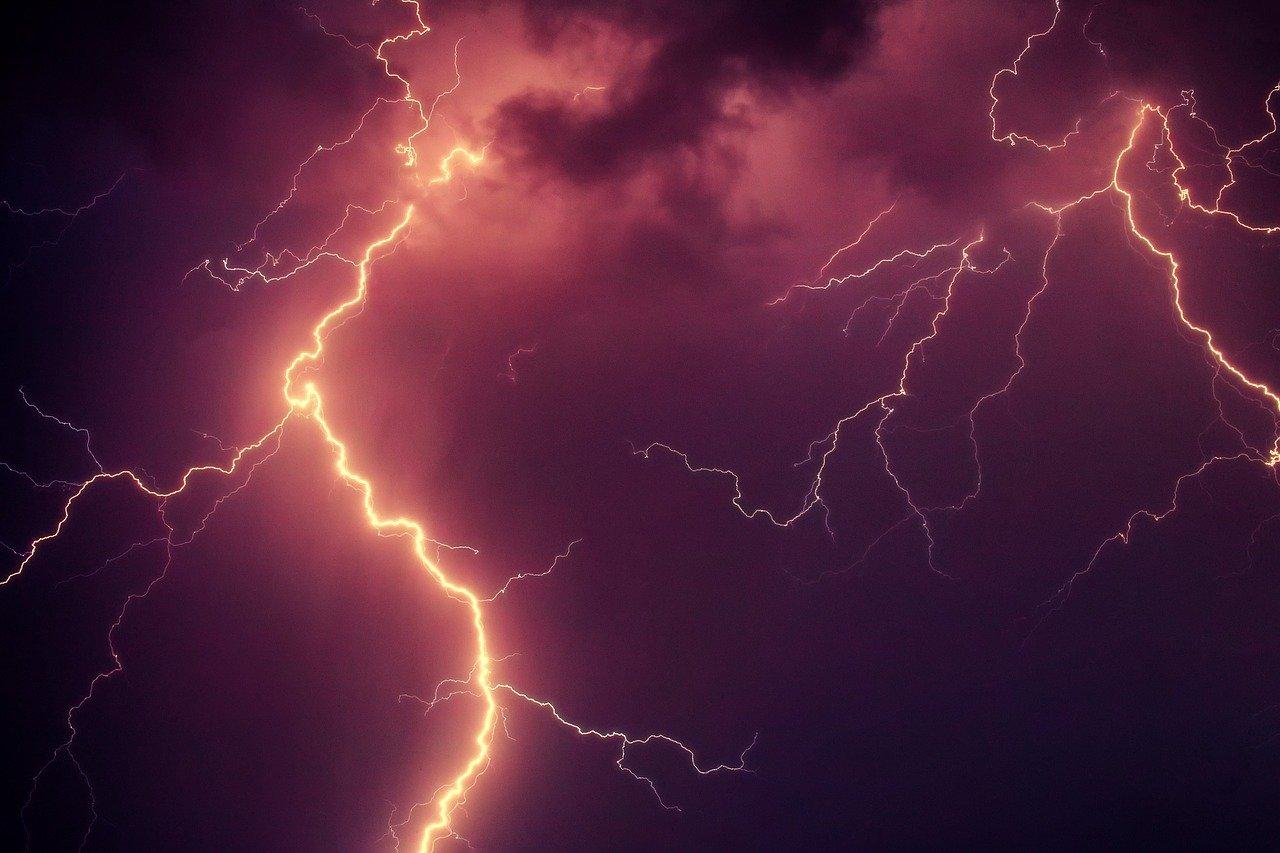 Град, грозы и сильный ветер: погода в Челябинске испортится