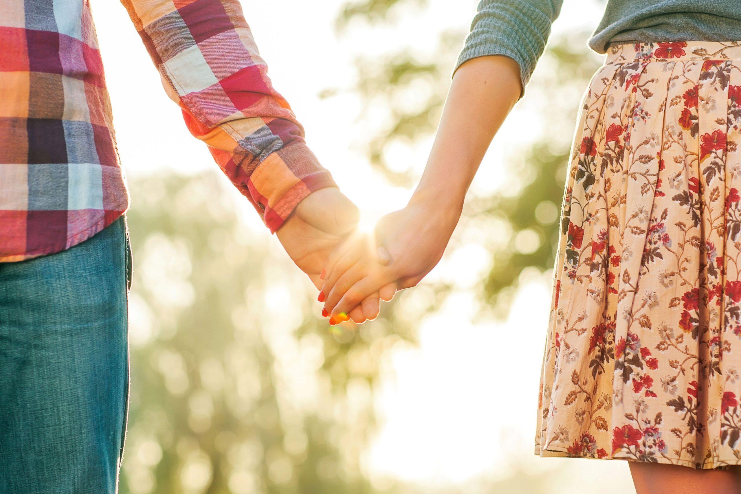 День Петра и Февронии 2021: приметы, традиции и обряды на любовь