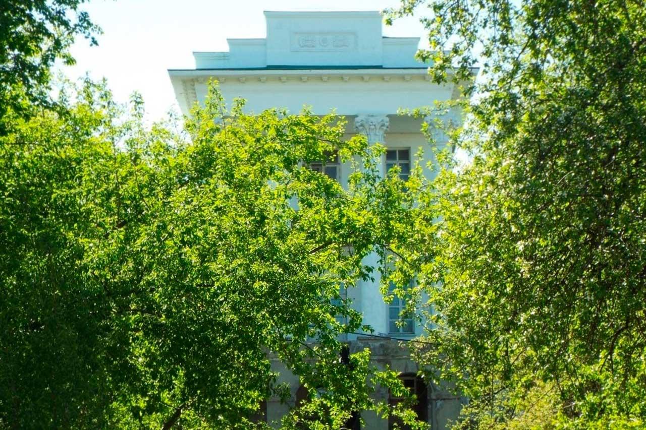 Белый дом на Южном Урале полностью отреставрируют