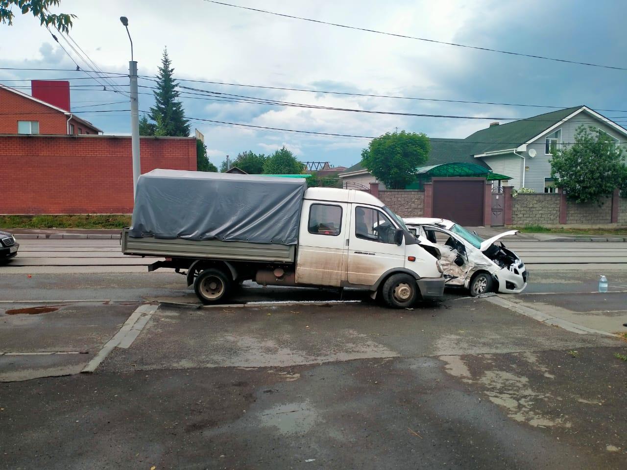 В ДТП с грузовиком в Челябинской области погиб пассажир