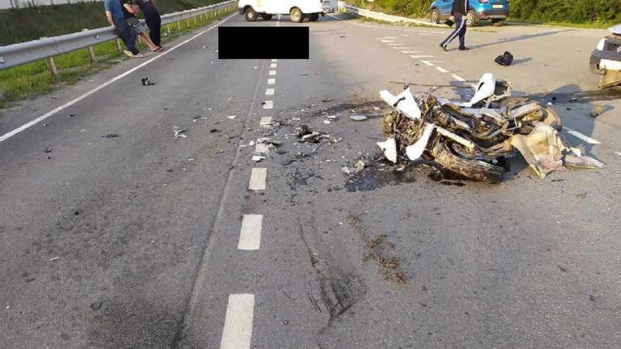 Мотоцикл всмятку: байкер разбился насмерть в ДТП на Южном Урале