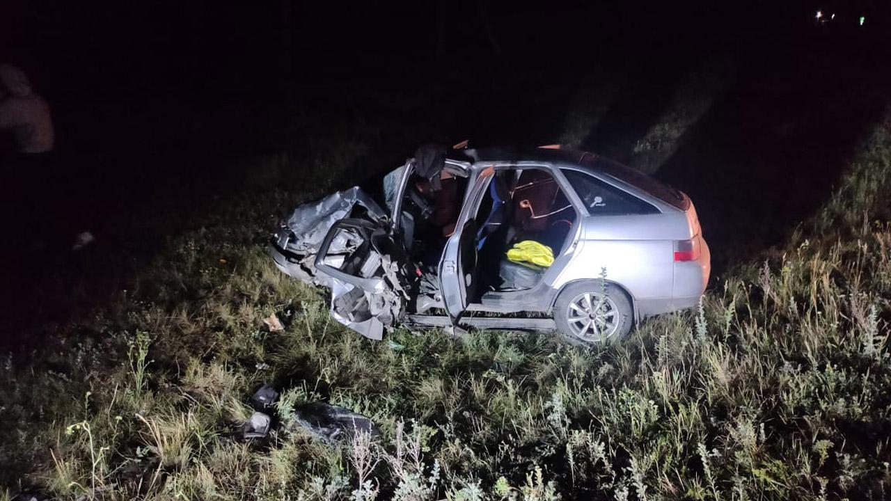 40 минут доставали из машины: ДТП с пострадавшим на Южном Урале