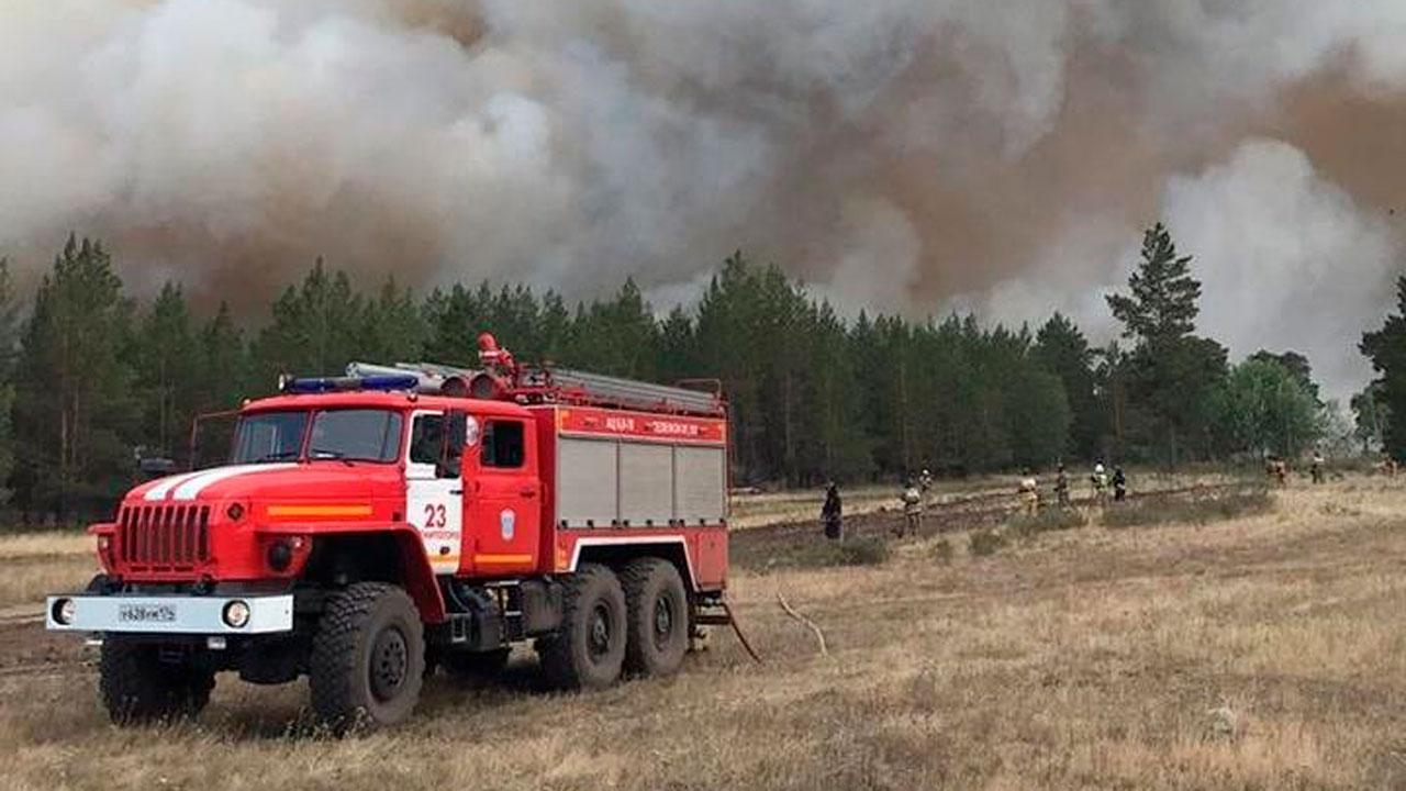Владимир Путин вручил госнаграду пожарному из Челябинской области