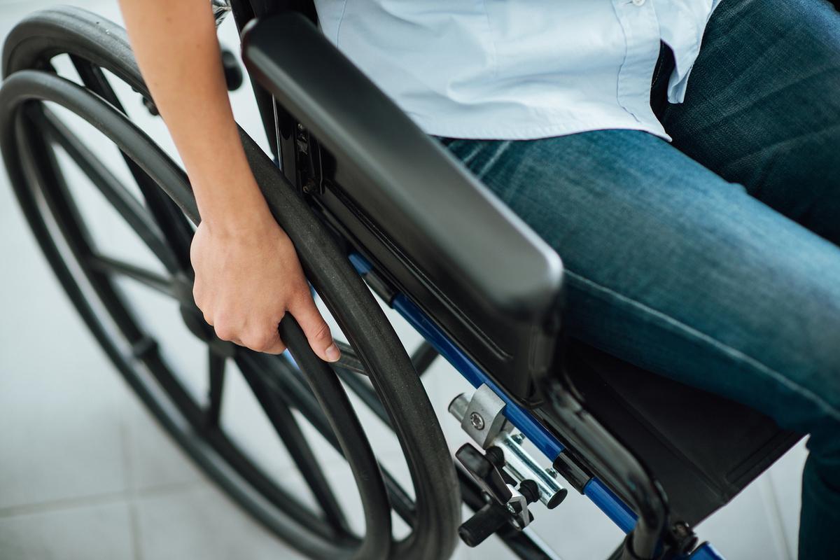 Специальный гараж для инвалидной коляски установят у одного из домов в Усть-Катаве