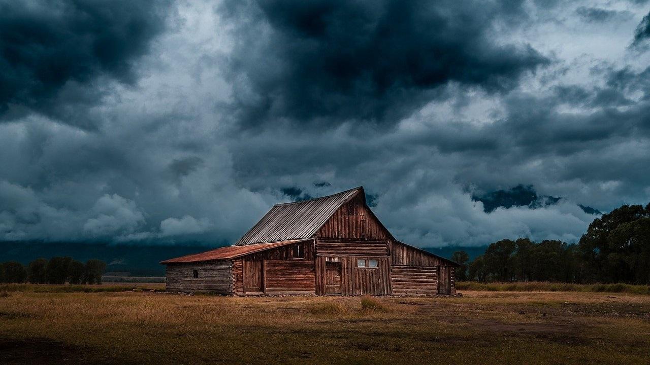 Штормовой ветер и грозы: какая будет погода в Челябинской области