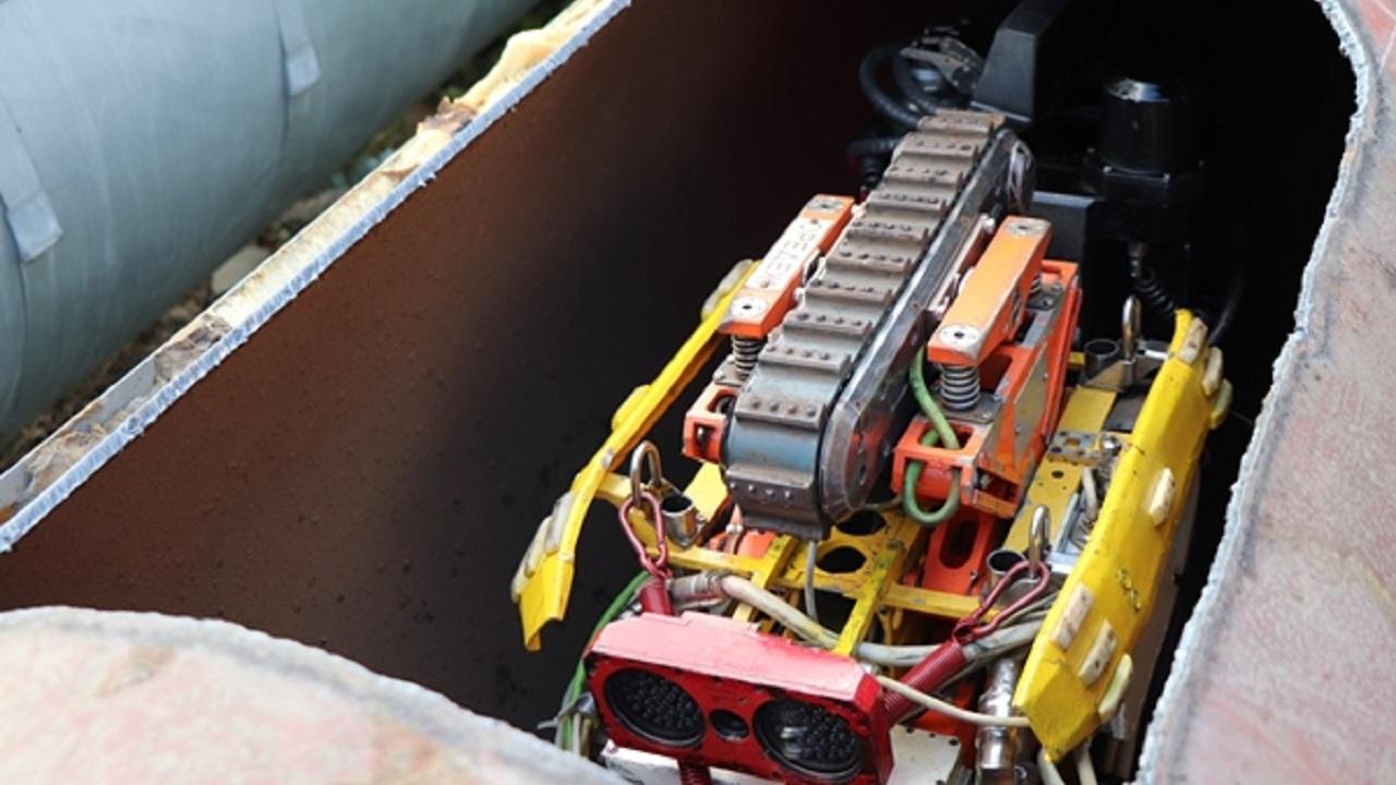 В Челябинске роботы проверяют трубы теплосети на дефекты