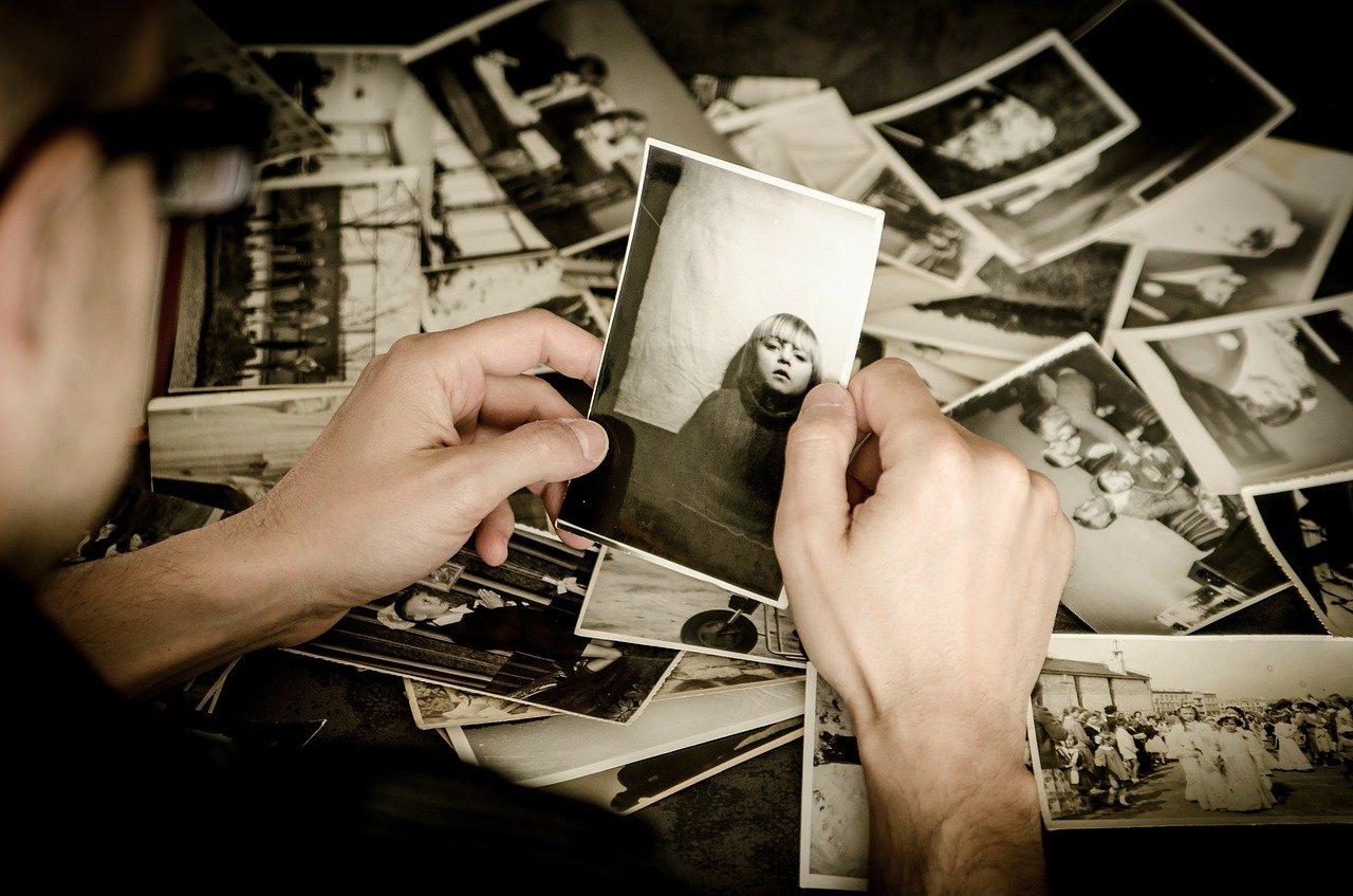 Что нельзя делать с фотографиями: 5 народных примет и запретов