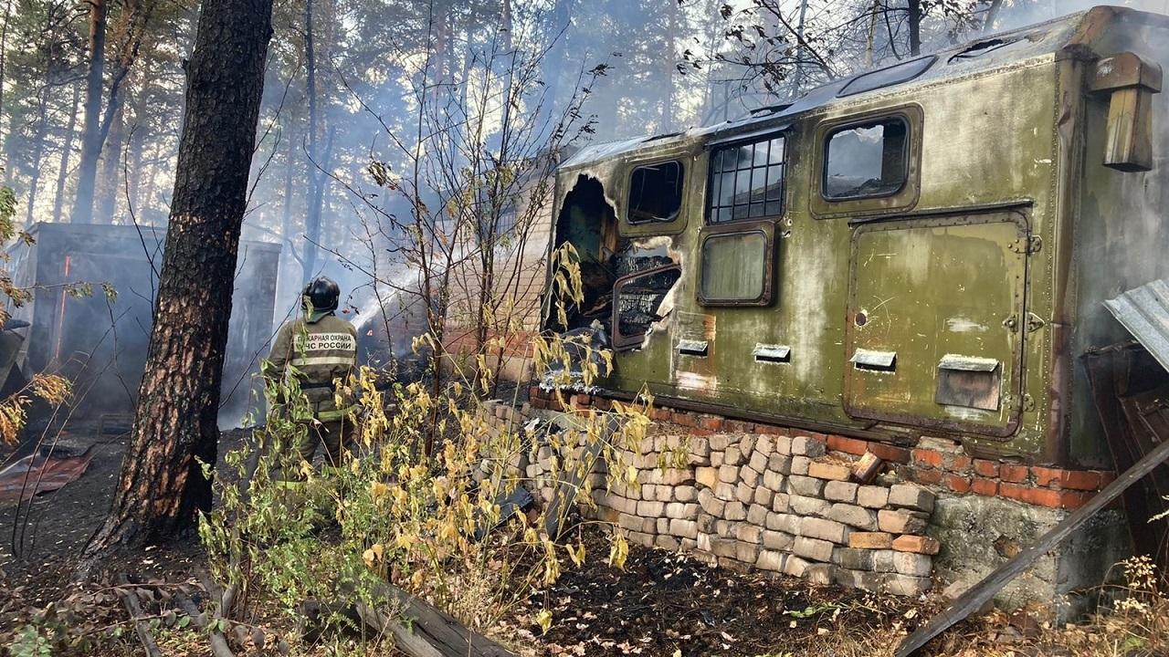 В Челябинской области остановили лесной пожар вблизи Миасса и ГРЦ Макеева