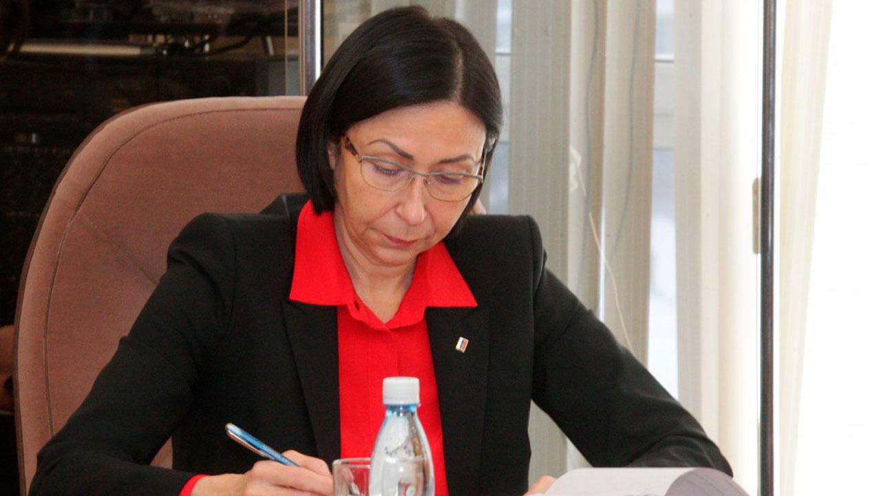 Наталья Котова отчитала заместителя за плохую уборку мусора в Челябинске