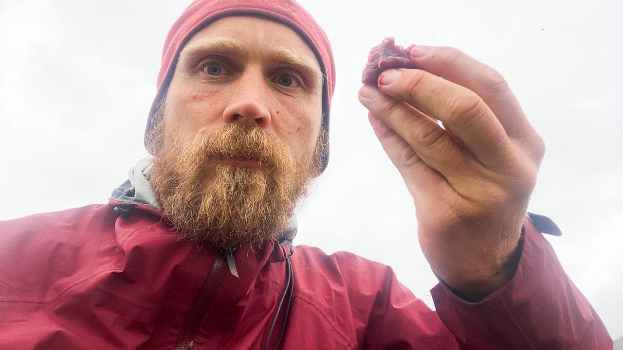 Добрался до края Земли: путешественник в одиночку пешком прошел Уральские горы