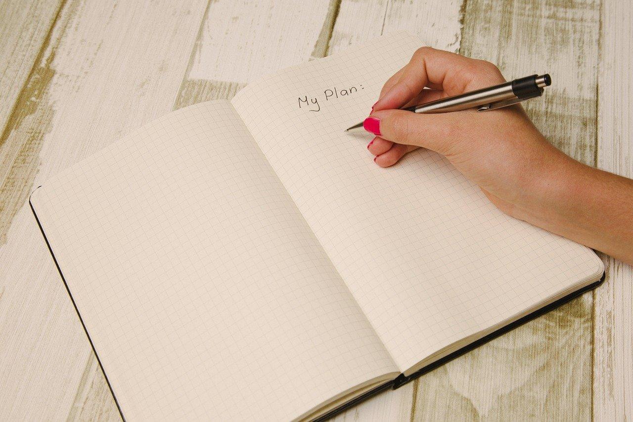 Как зарабатывать больше: психологи назвали 5 принципов изобилия
