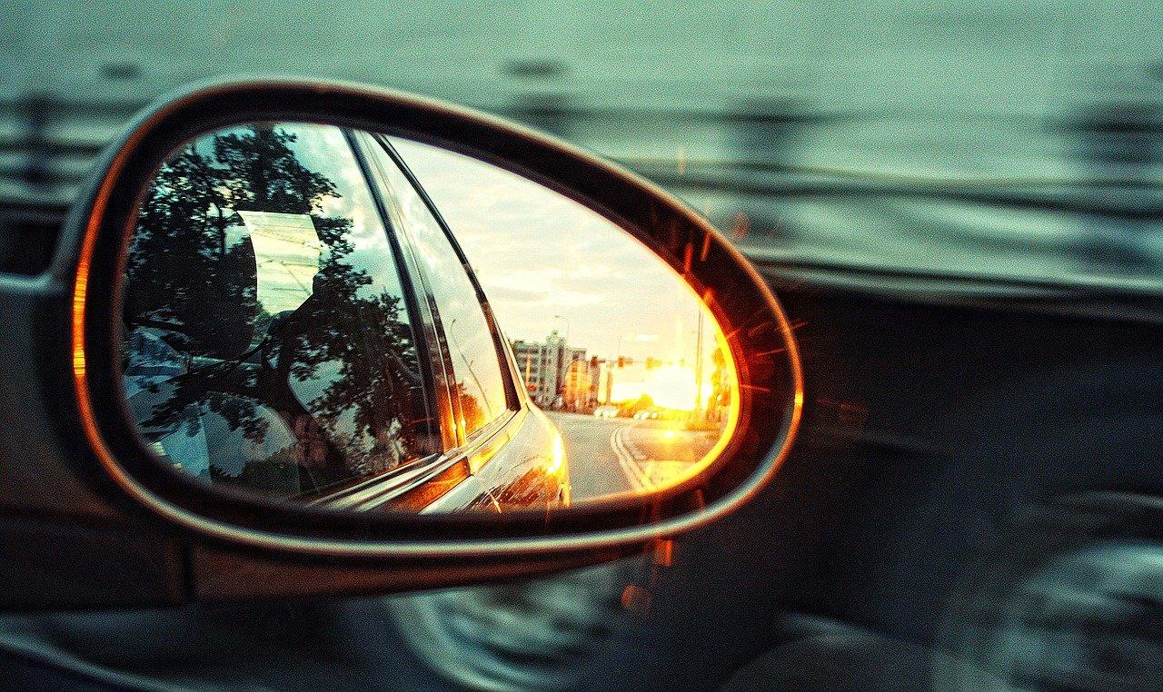 Выбирал дорогие авто: в Москве задержан «зеркальный» вор из Челябинска