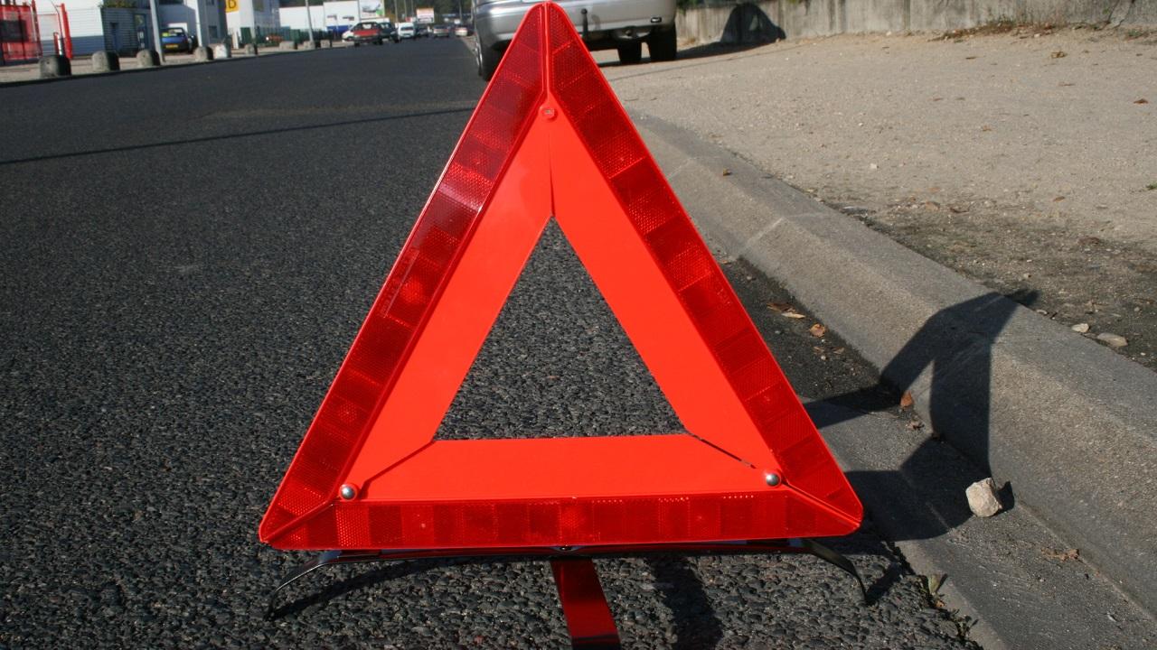 Жесткое лобовое ДТП в Челябинске: пострадали 3 человека