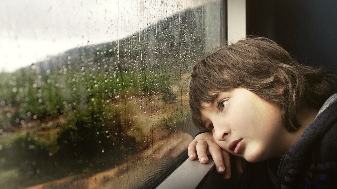 Капризы и истерики: 10 признаков, что с ребенком происходит что-то плохое