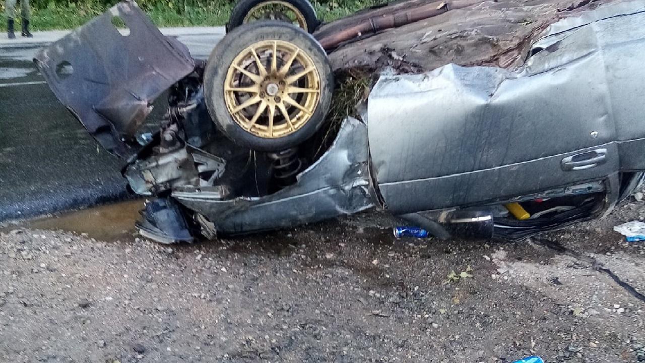 Автомобиль перевернулся в Челябинской области, есть пострадавшие