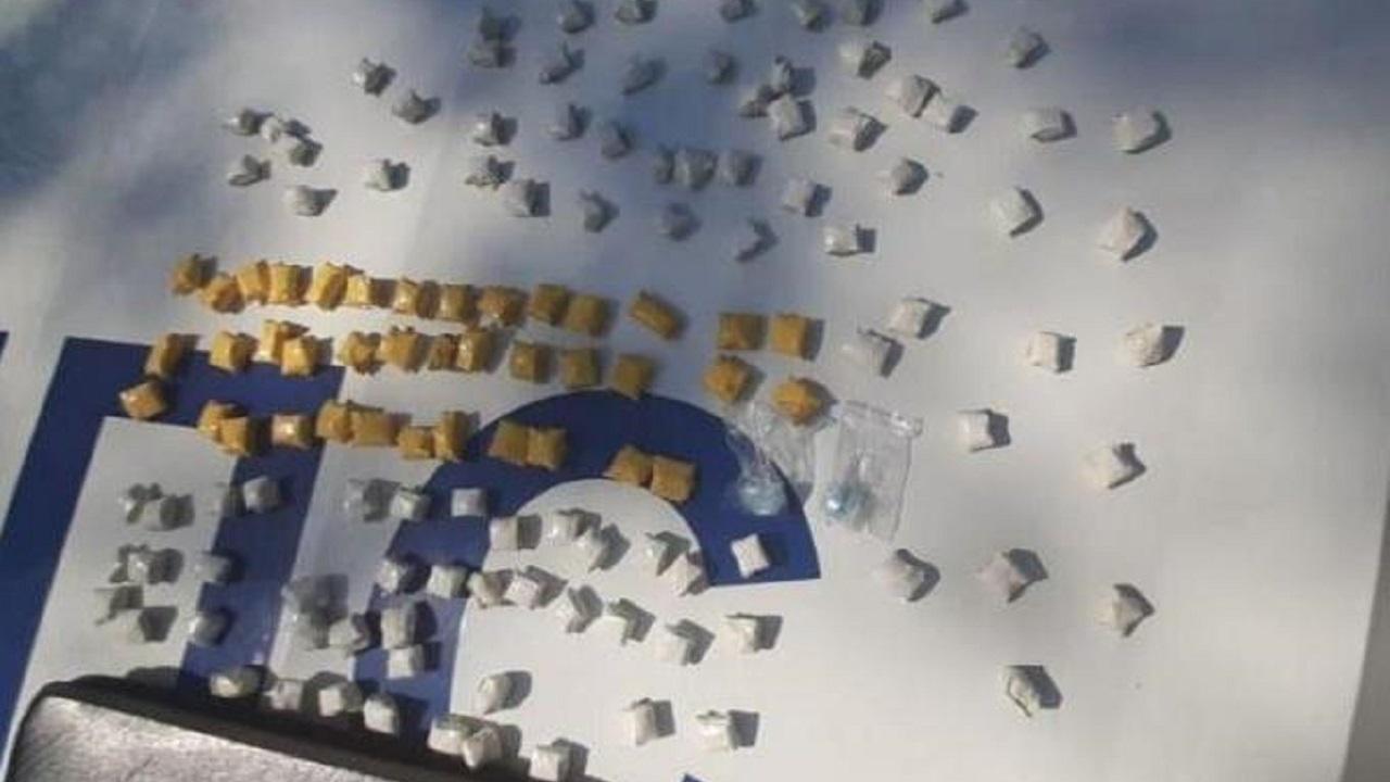 99 свертков психотропных наркотиков изъяли у водителя в Челябинске