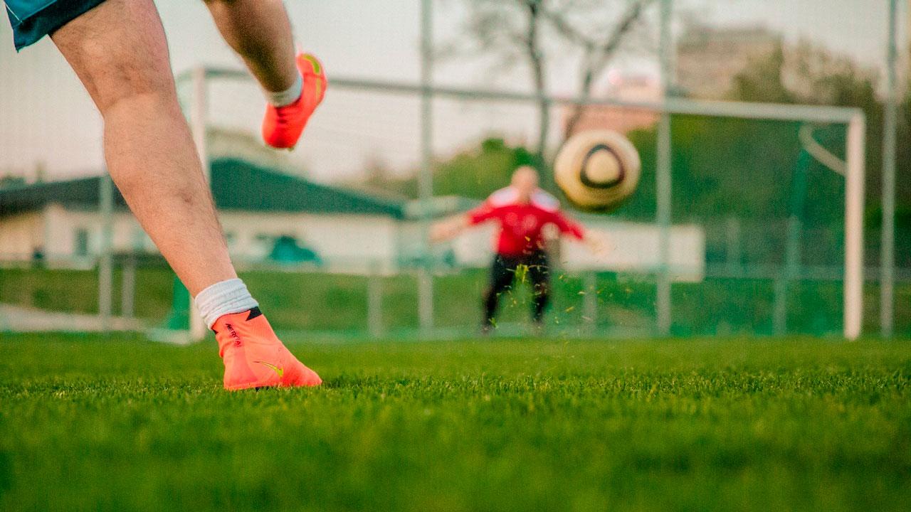 Новые футбольные поля открывают в Челябинской области