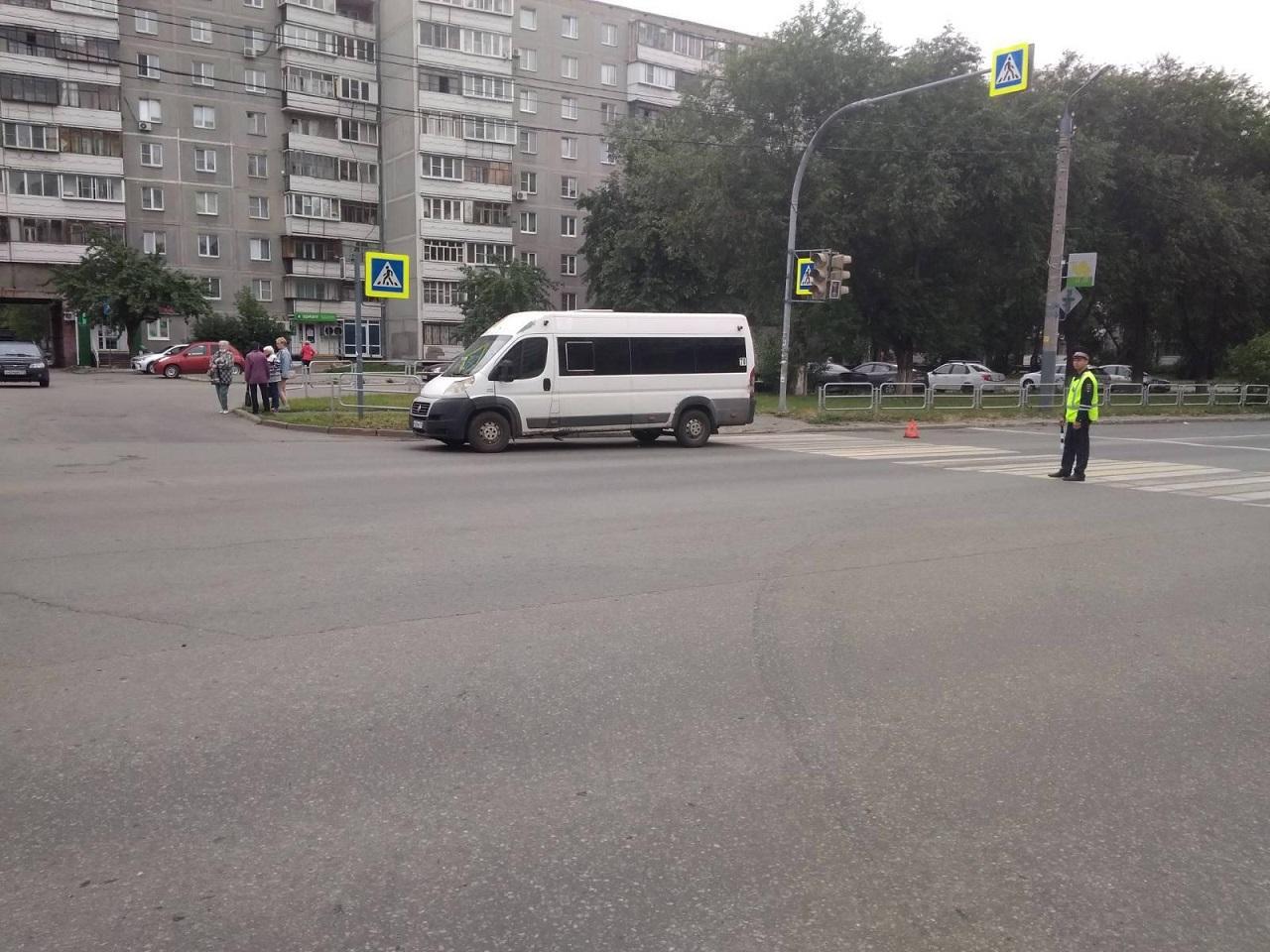 ГИБДД в Челябинске поймала почти сотню неисправных маршруток
