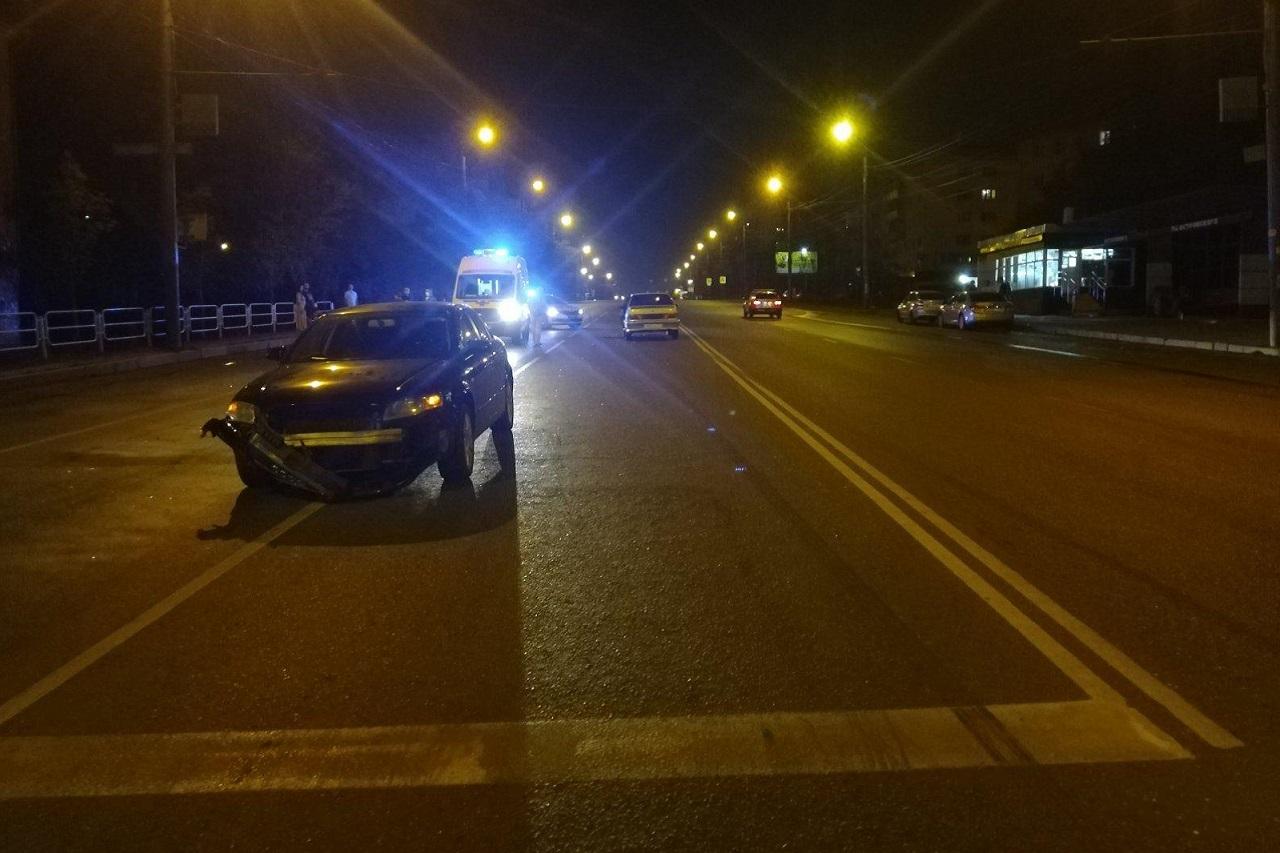 Пешехода в Челябинске насмерть сбили сразу два автомобиля