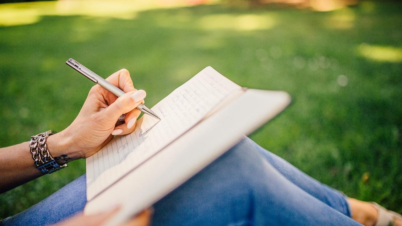 Психологи назвали слова, которыми стоит заменить ругательства
