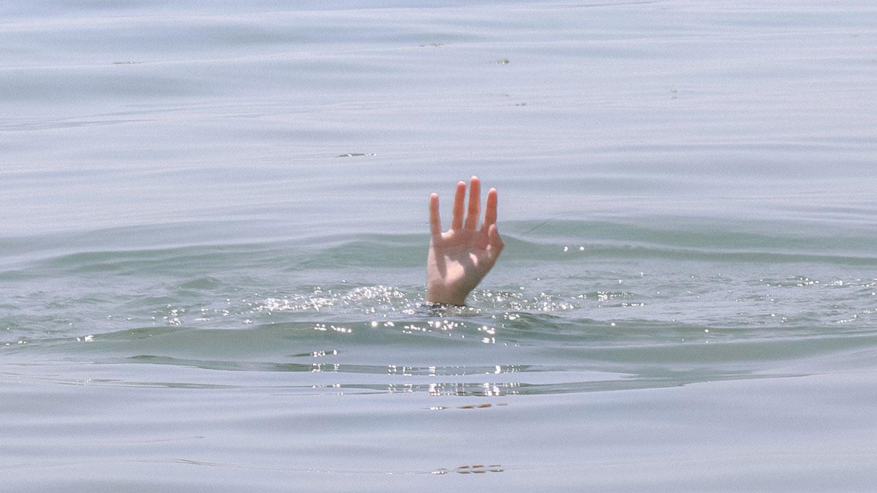 На Первом озере в Челябинске едва не утонул мужчина