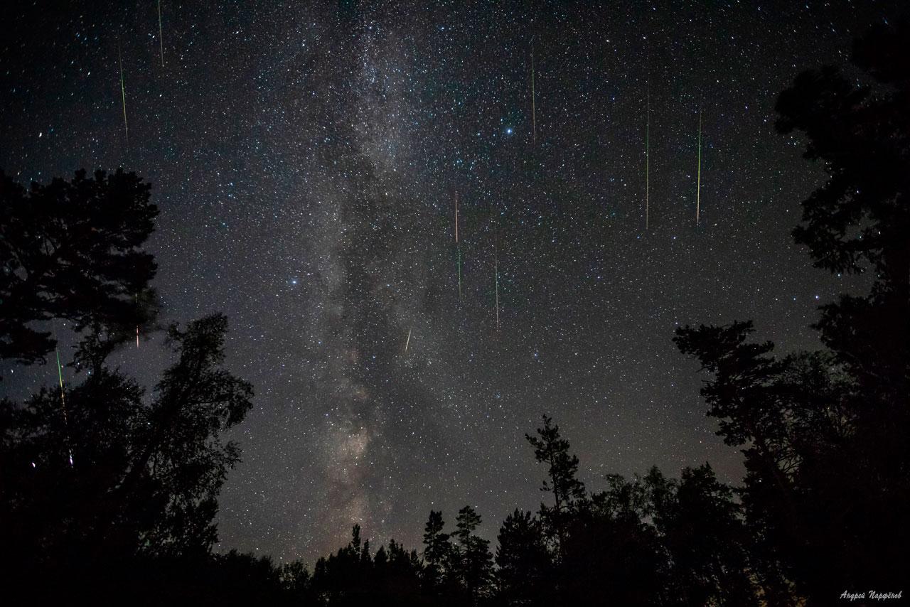 Персеиды 2021: яркий звездопад засняли в Челябинской области ВИДЕО