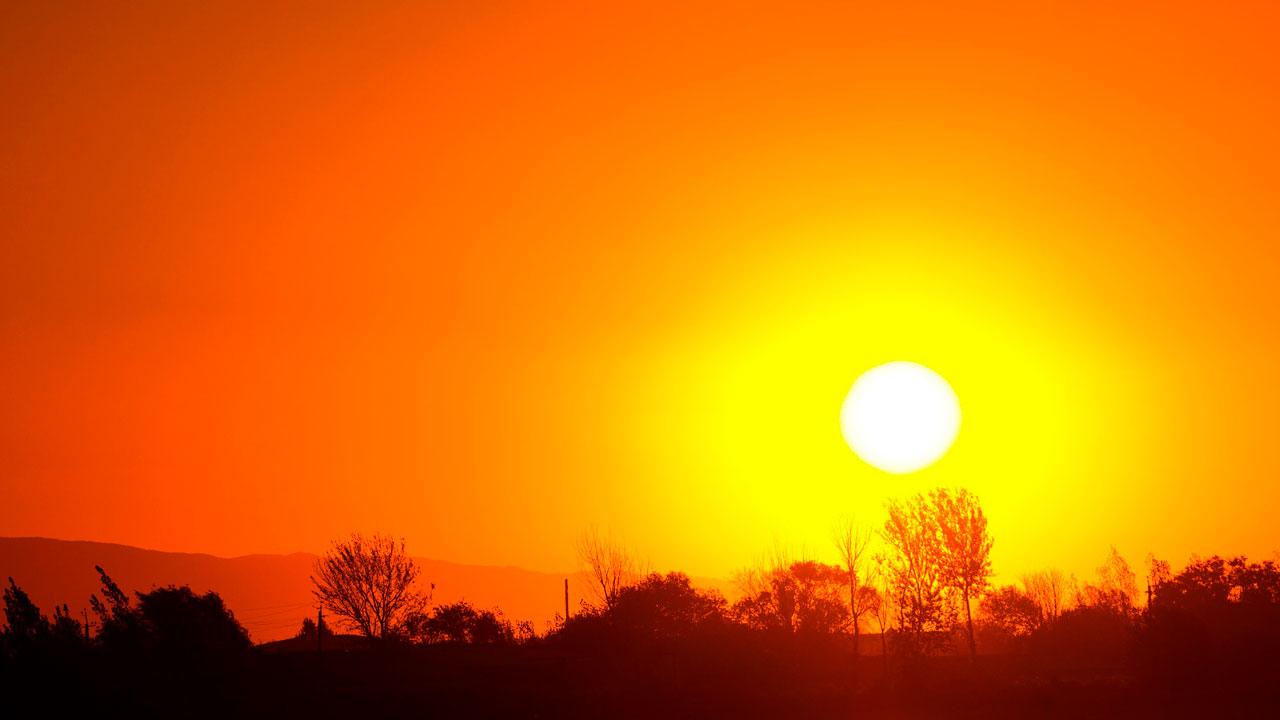 Погода в Челябинске: когда спадет жара, рассказали синоптики