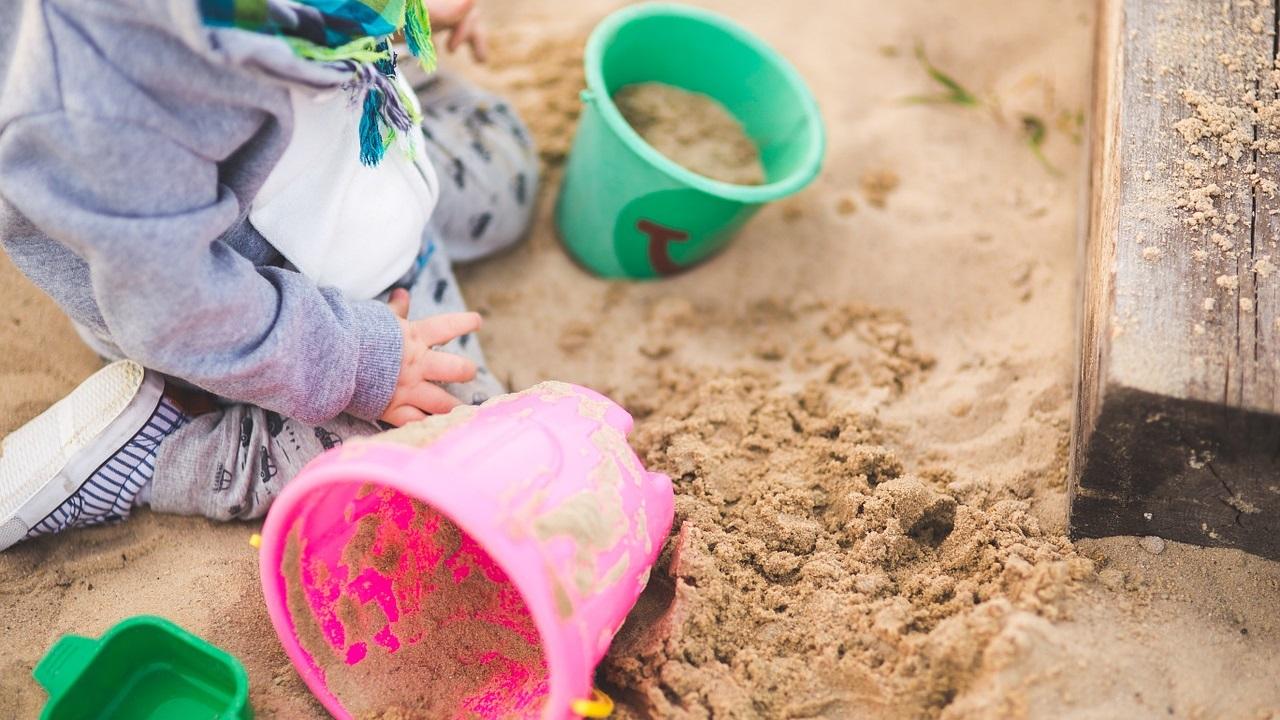 Опасные песочницы: врачи рассказали, где чаще всего дети могут подцепить заразу