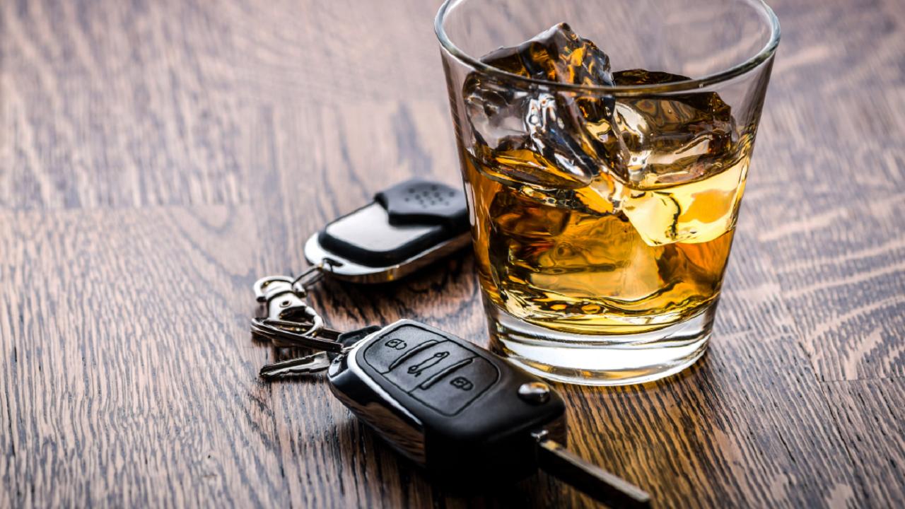 Пьяную женщину-водителя, которая везла 9-месячного ребенка, поймали в Челябинской области