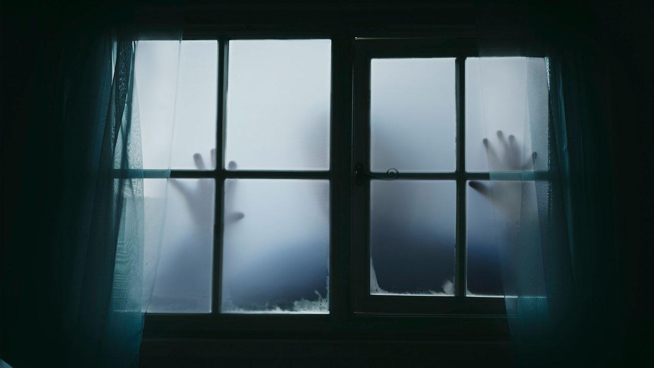 Толкование снов: что означает видеть во сне умершего и зубы — 5 кошмаров