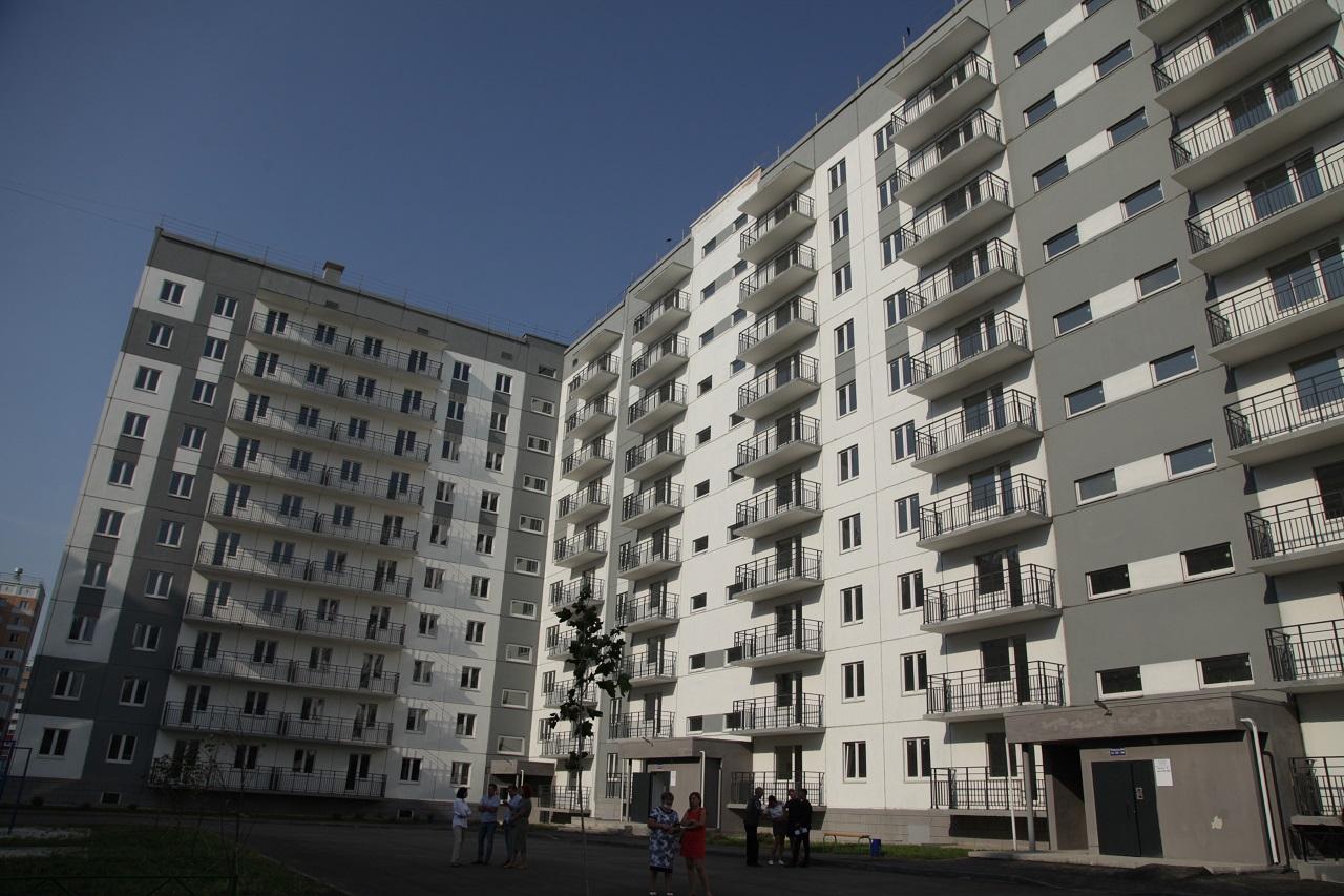 В Челябинской области новые квартиры получат 900 детей-сирот