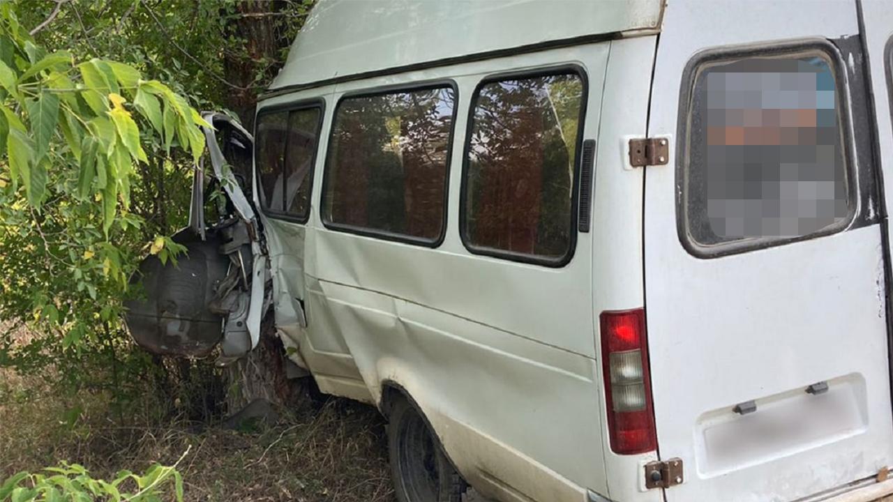 8 человек пострадали в ДТП с маршруткой в Челябинской области