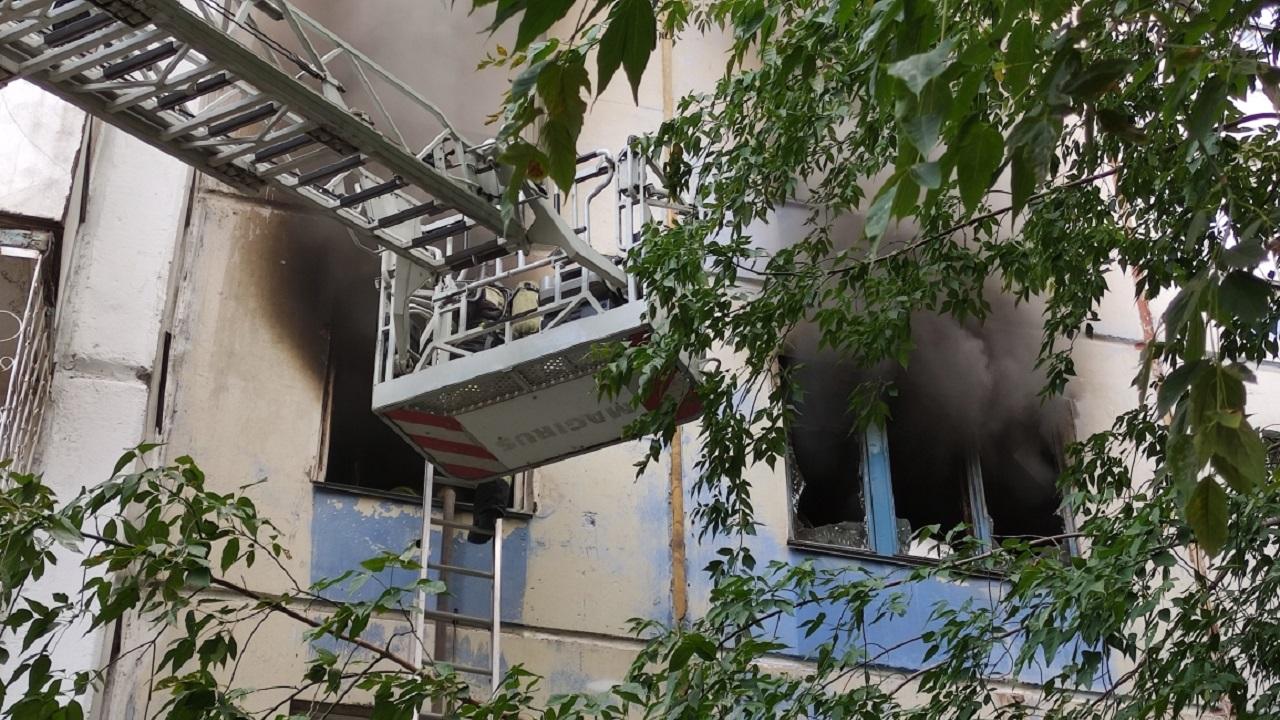 16 человек спасли во время пожара в Челябинске