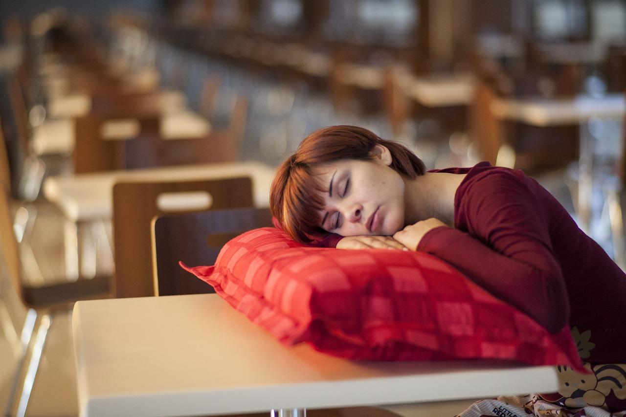 Народные приметы про сон, которые предупреждают о переменах