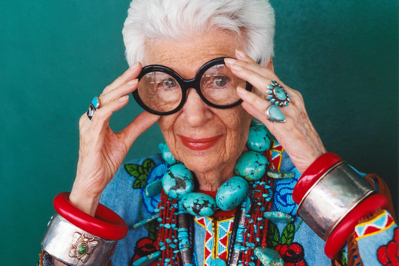 Лучшие бабушки по гороскопу: рейтинг по знакам зодиака