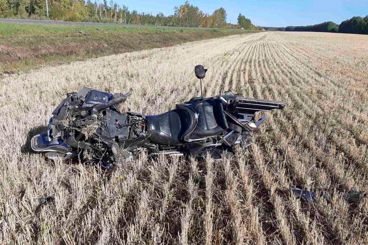 Тело мотоциклиста из Челябинской области нашли возле тюменской трассы
