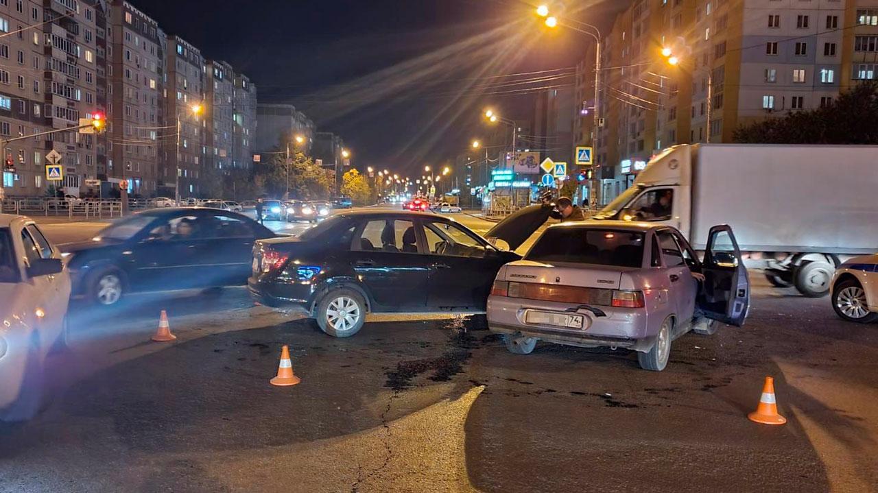 В Челябинске 3 человека пострадали в ДТП