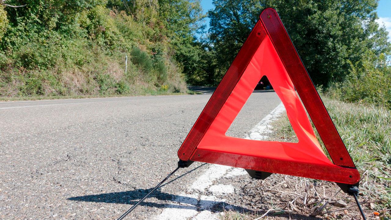 На трассе М5 в Челябинской области развернуло фуру