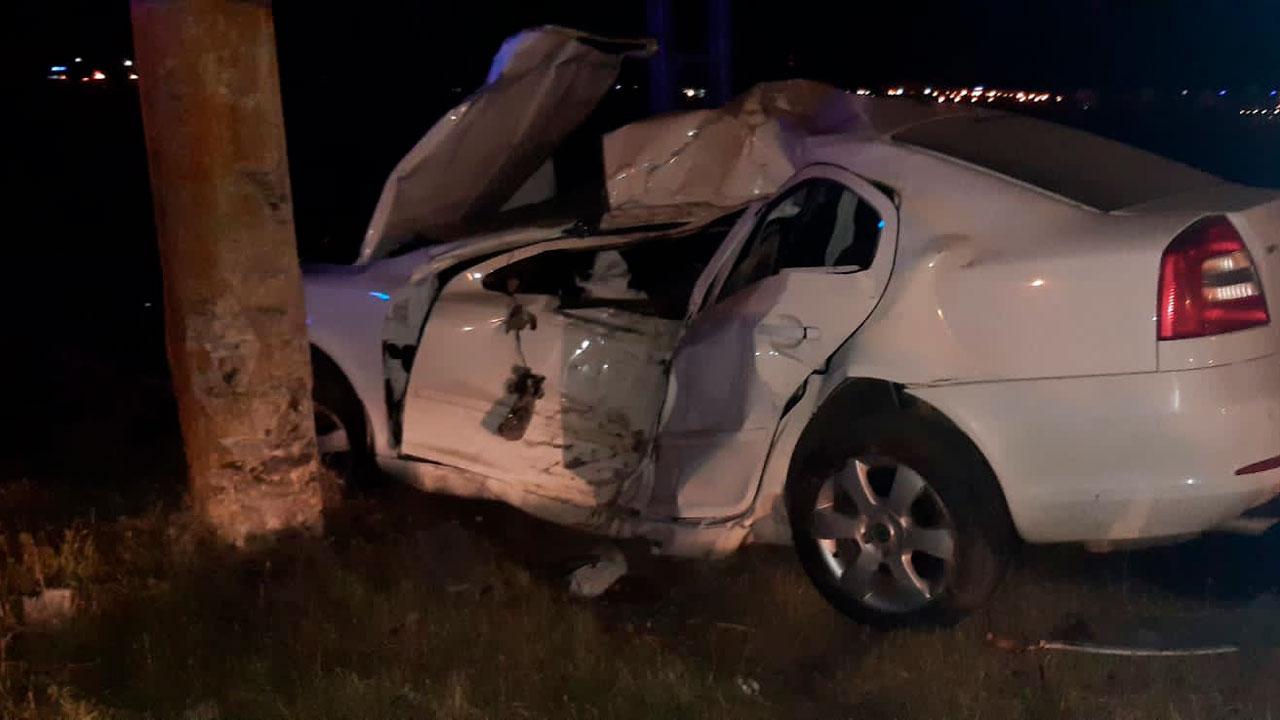Водитель в Челябинской области погиб, врезавшись в столб