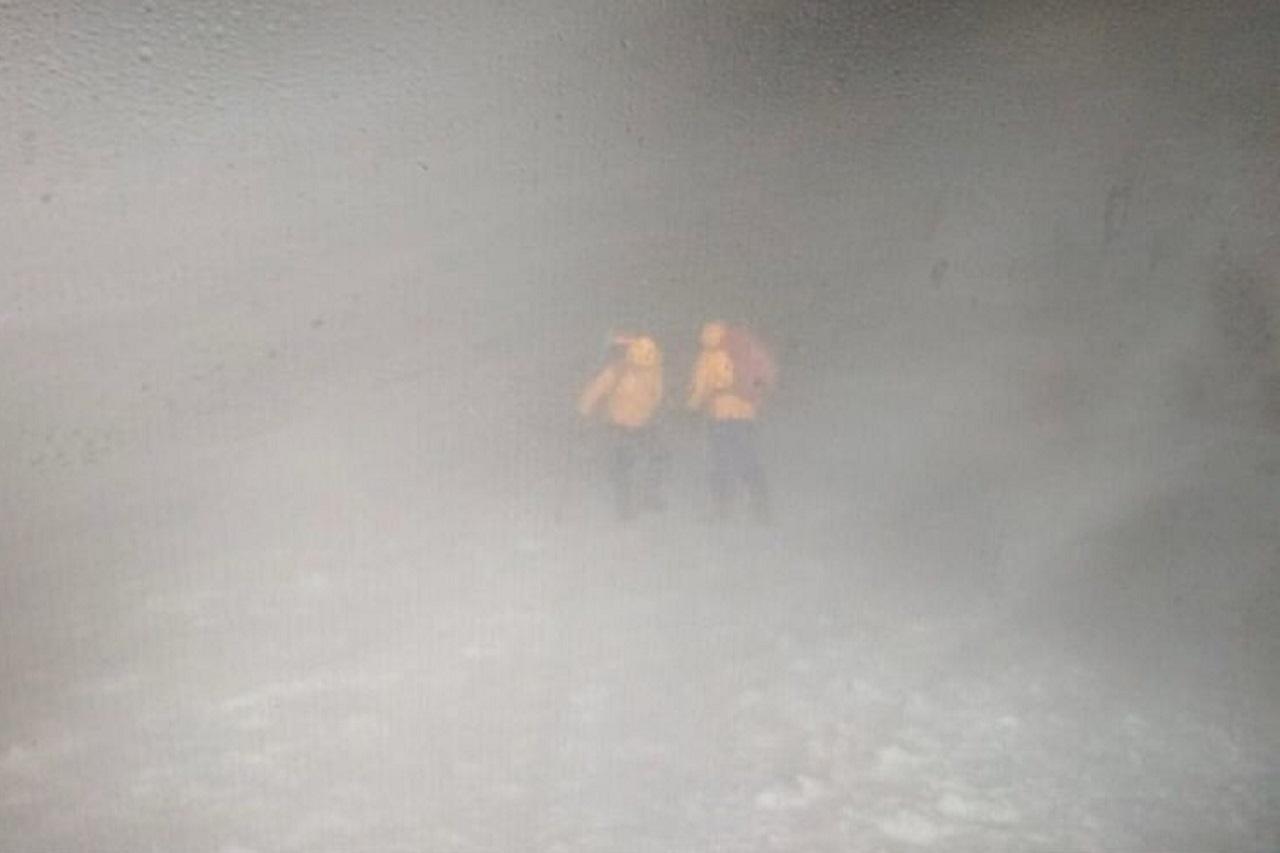 Уральские туристы застряли на Эльбрусе из-за сильнейшей метели