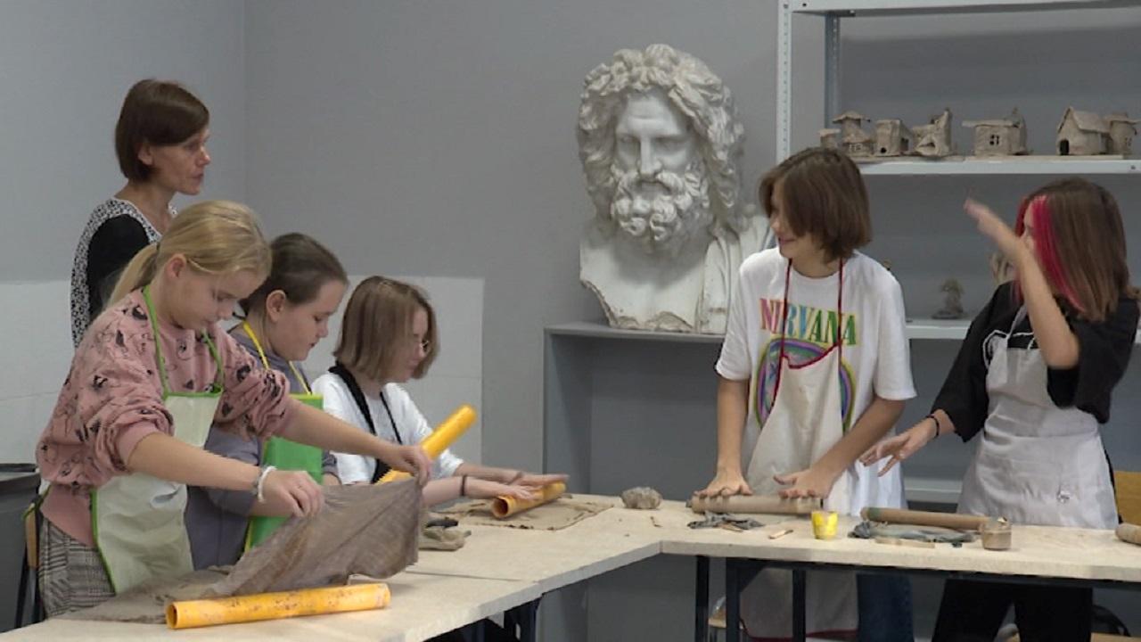 Детскую художественную школу искусств модернизировали в Челябинске