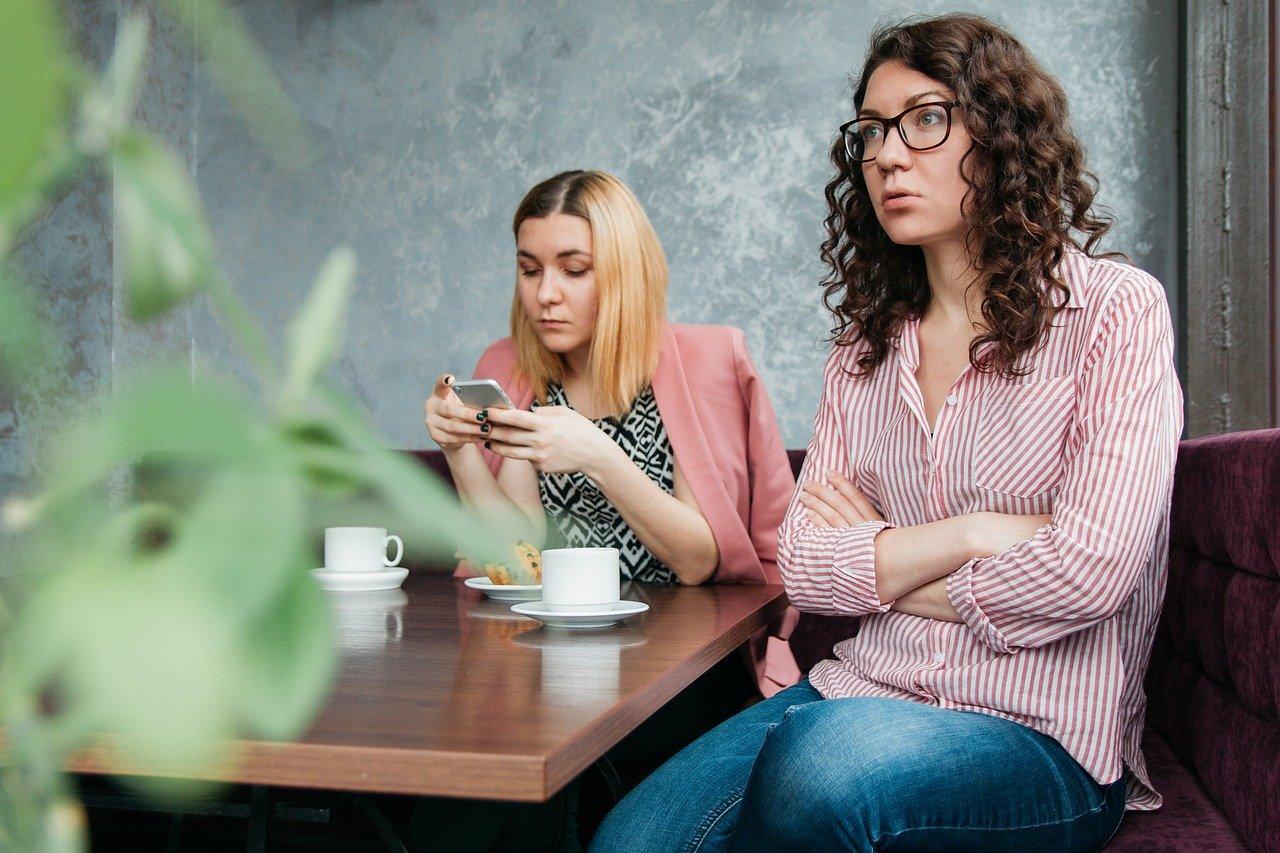 Психологи назвали 5 типов людей, которые часто раздражают других
