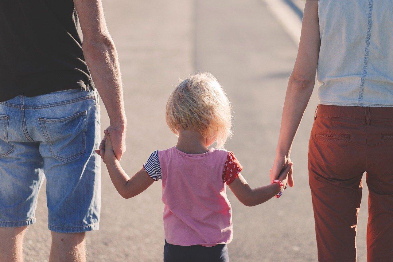 Психологи назвали 7 «смертных грехов» родителей в воспитании детей
