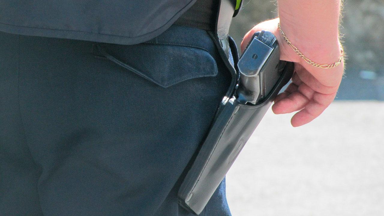 Полицейские из Челябинской области устроили погоню со стрельбой
