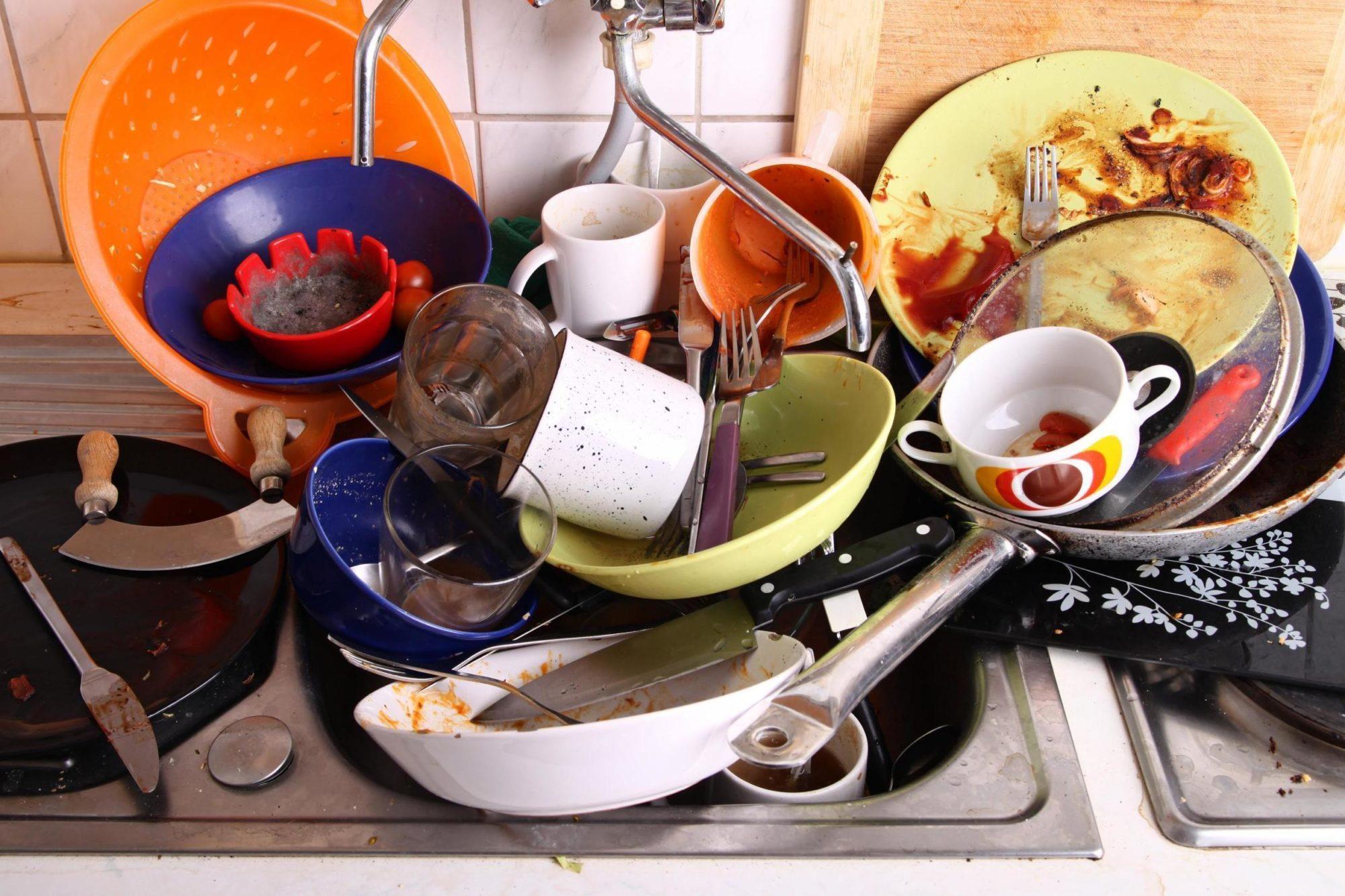 Приметы о посуде: всем стоит знать, что будет, если разбить тарелку