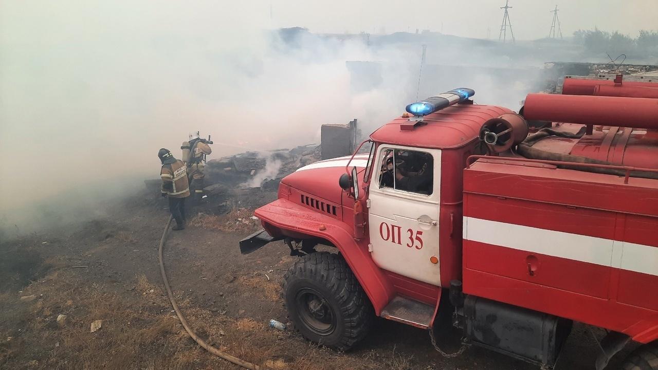 На Южном Урале ликвидировали пожар, который подбирался к поселкам