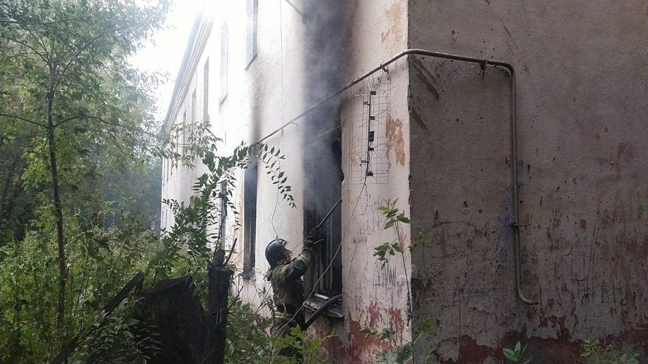Женщина погибла во время пожара в Челябинской области