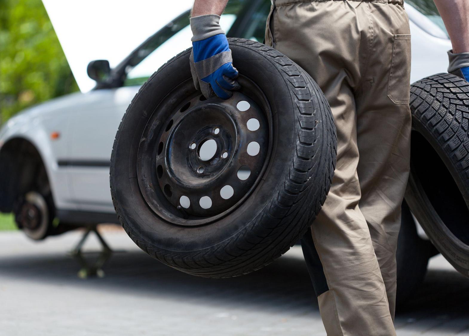 """""""Резиновые"""" преступления. В Златоусте ищут грабителей автомобильных колёс"""