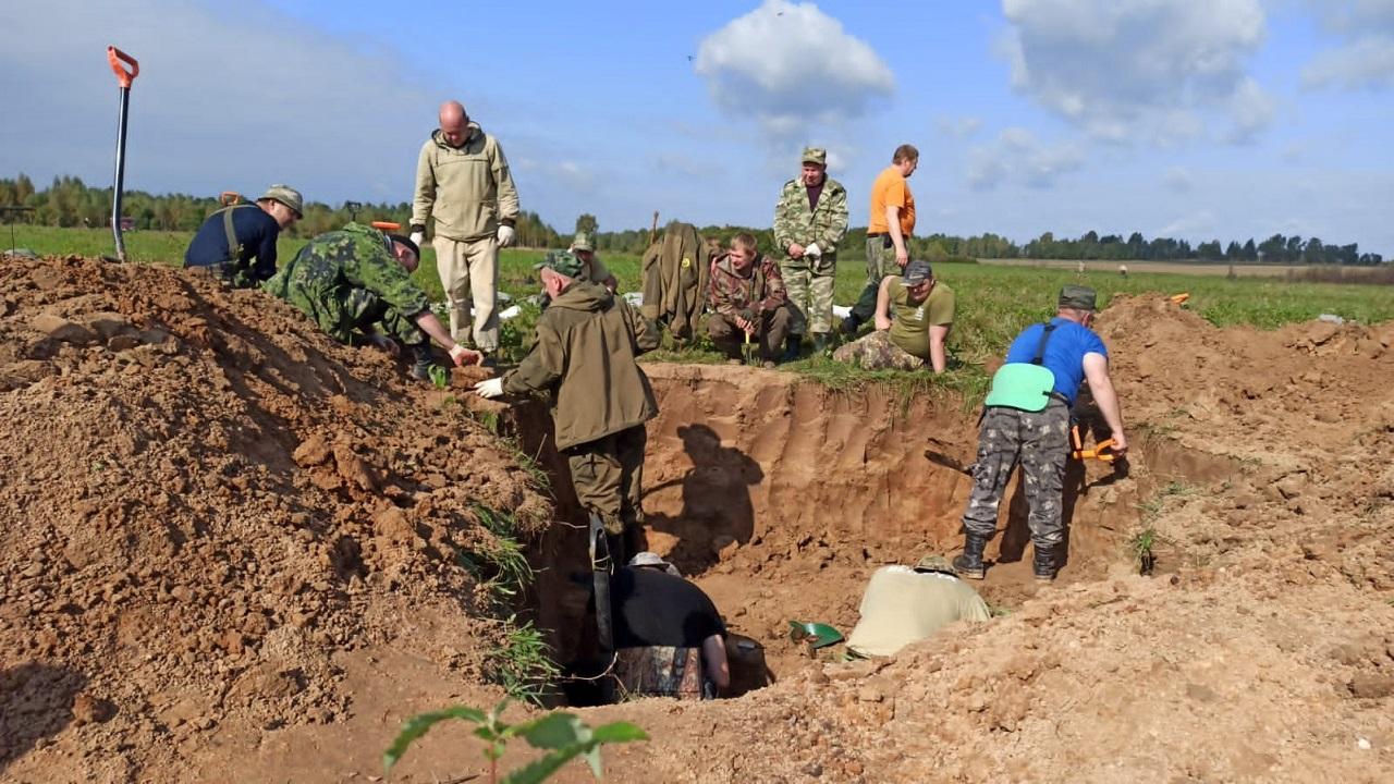 Поисковики нашли останки без вести пропавшего солдата из Челябинской области