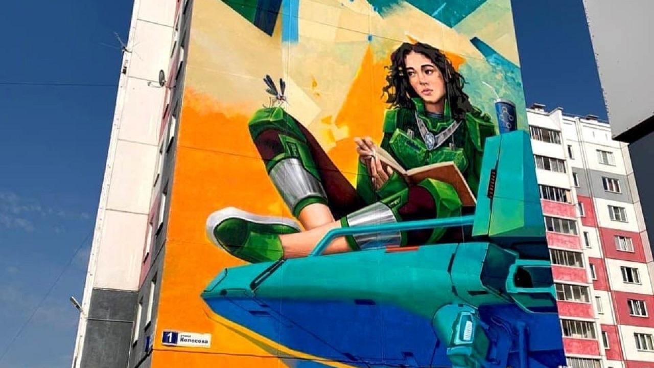 13 огромных картин появились на многоэтажках в Челябинской области
